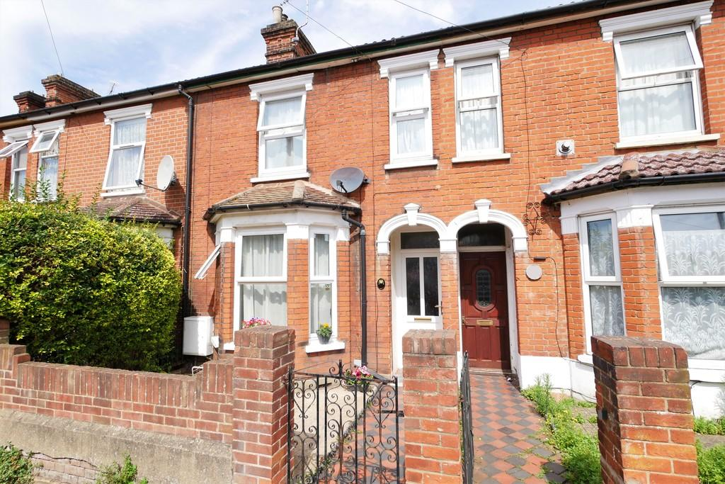 3 Bedrooms Terraced House for sale in Kitchener Road, Ipswich