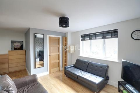 Studio for sale - Corrigan Court, Leytonstone