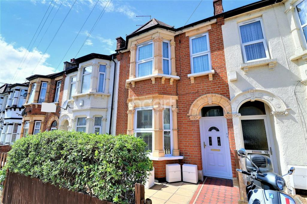 1 Bedroom Flat for sale in Britannia Road, Ilford, Essex.