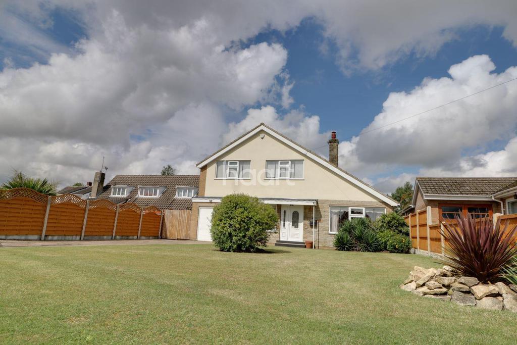 3 Bedrooms Detached House for sale in Park Lane, Westwoodside