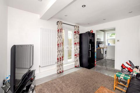 2 bedroom flat for sale - Parchmore Road, Thornton Heath