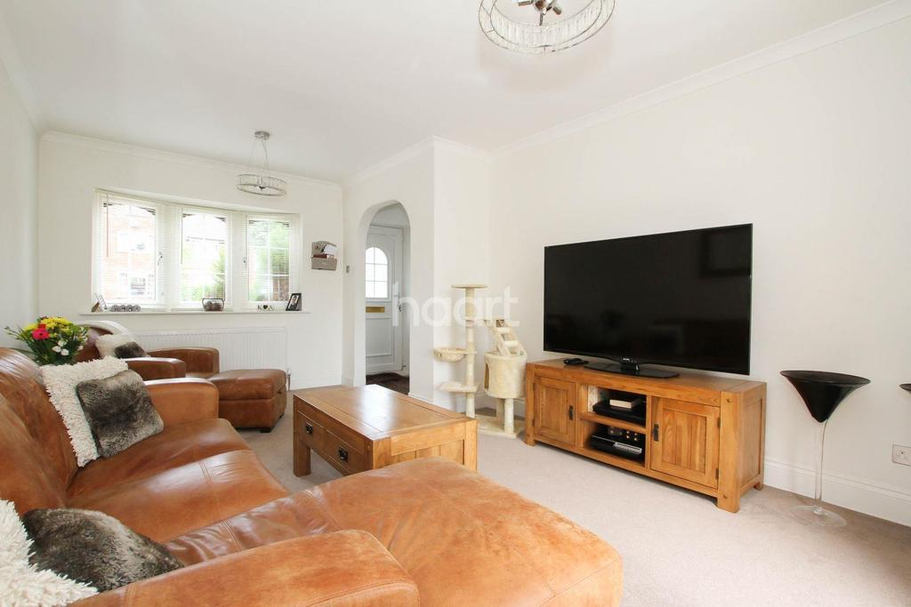 3 Bedrooms End Of Terrace House for sale in Upperfield Road
