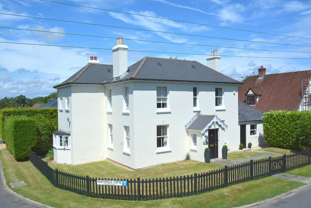 5 Bedrooms Detached House for sale in West Chiltington