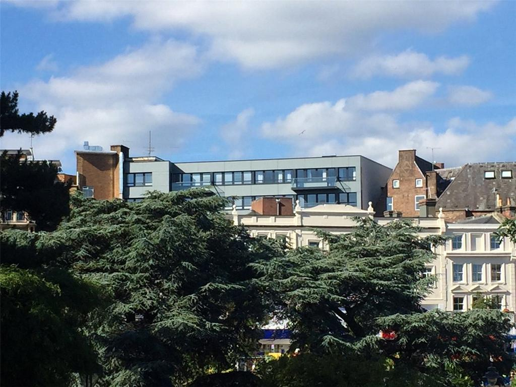 2 Bedrooms Flat for sale in Vandale House, Post Office Road, Bournemouth, Dorset, BH1