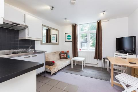 1 bedroom flat to rent - Upper Street, Angel, N1