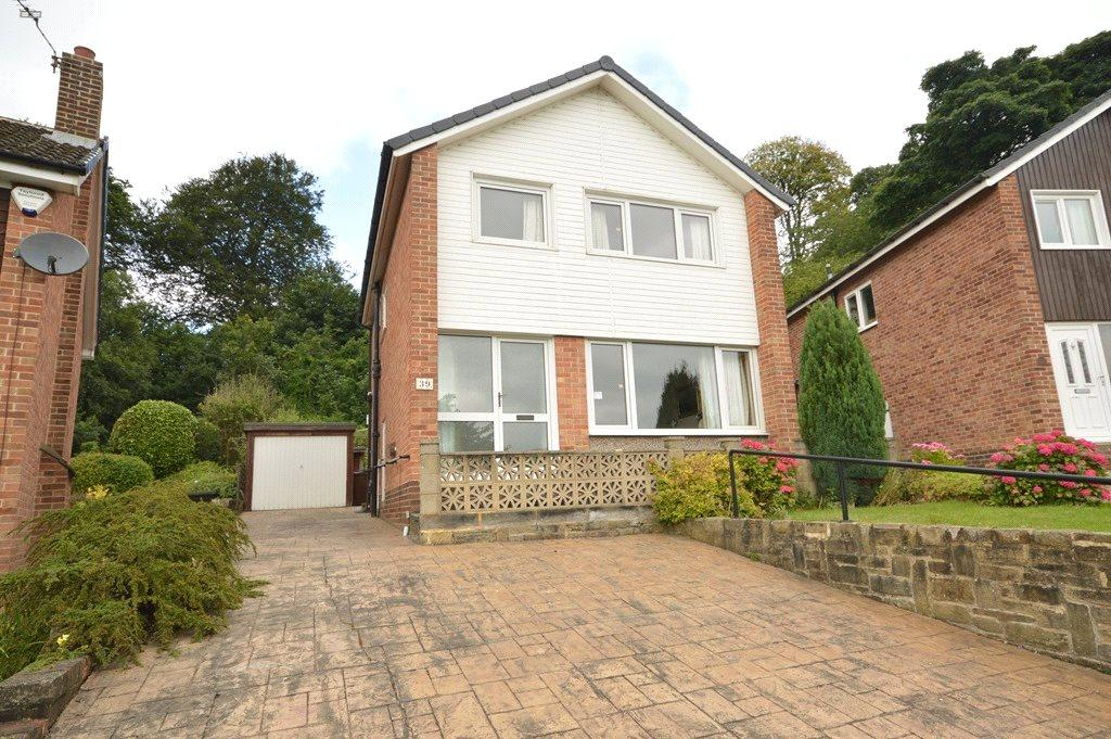 3 Bedrooms Detached House for sale in West End Drive, Horsforth, Leeds, West Yorkshire