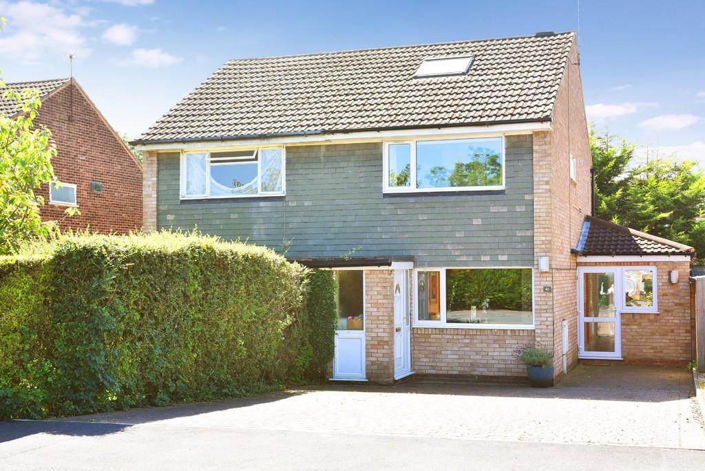 2 Bedrooms Semi Detached House for sale in Dentdale Drive, Knaresborough