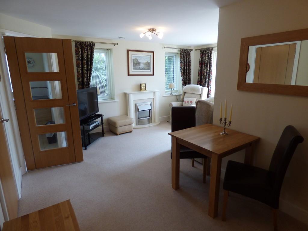 1 Bedroom Apartment Flat for sale in Stratford Road, Wellesbourne