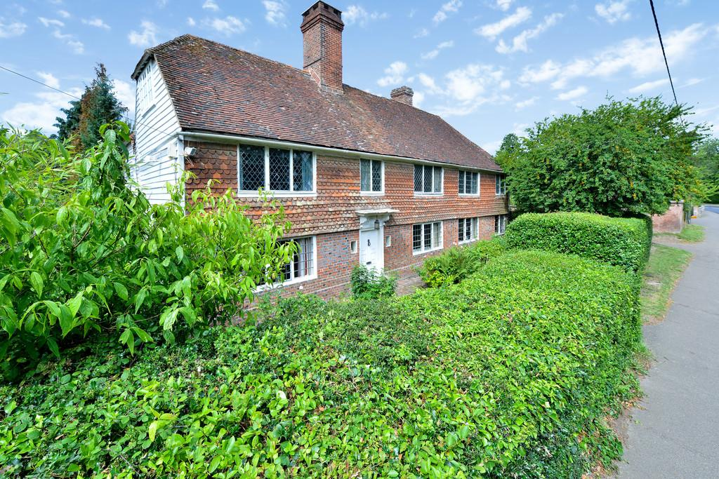 6 Bedrooms Detached House for sale in Main Street, Northiam, East Sussex TN31 6NB