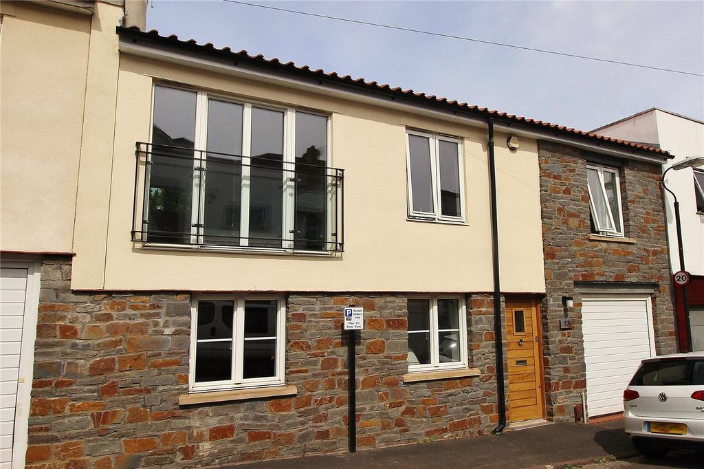 3 Bedrooms Terraced House for rent in Gibson Road, Cotham, Bristol, BS6
