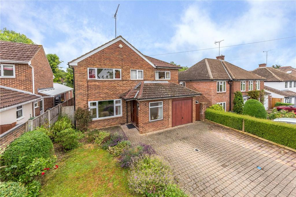 5 Bedrooms Detached House for sale in Granby Avenue, Harpenden, Hertfordshire