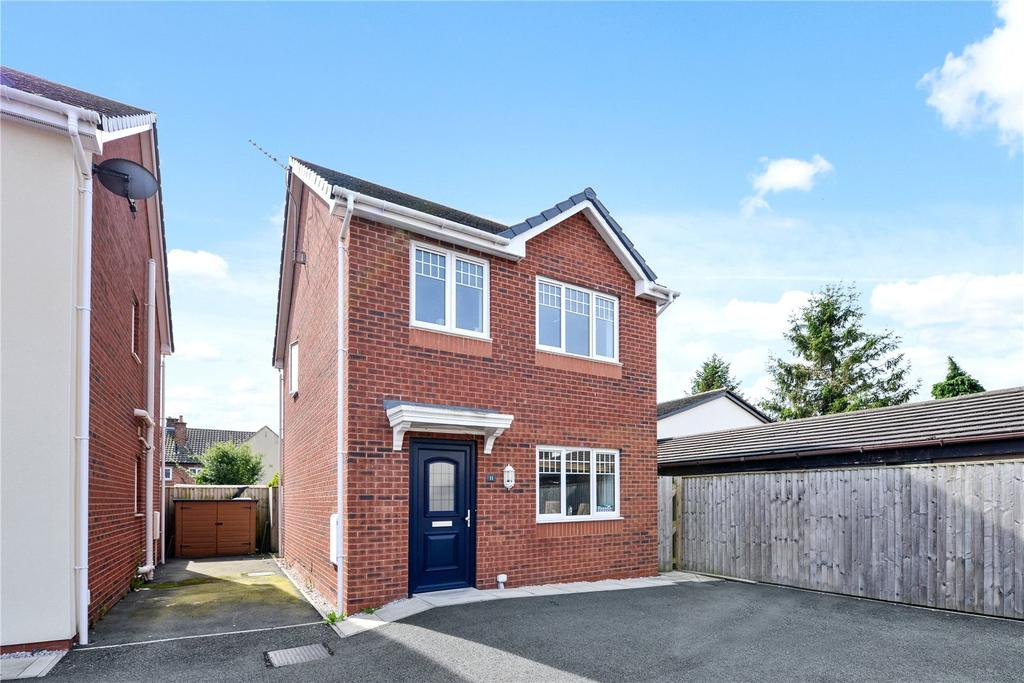 3 Bedrooms Detached House for sale in Kings Court, Broughton, Chester, CH4