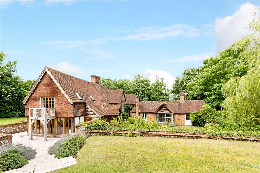 4 Bedrooms Detached House for sale in Hawks Hill, Bourne End, Buckinghamshire, SL8