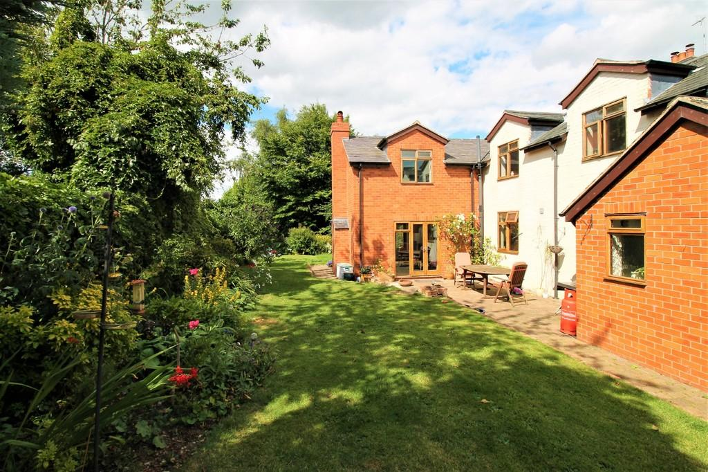 4 Bedrooms Cottage House for sale in North End, Hallaton, Market Harborough