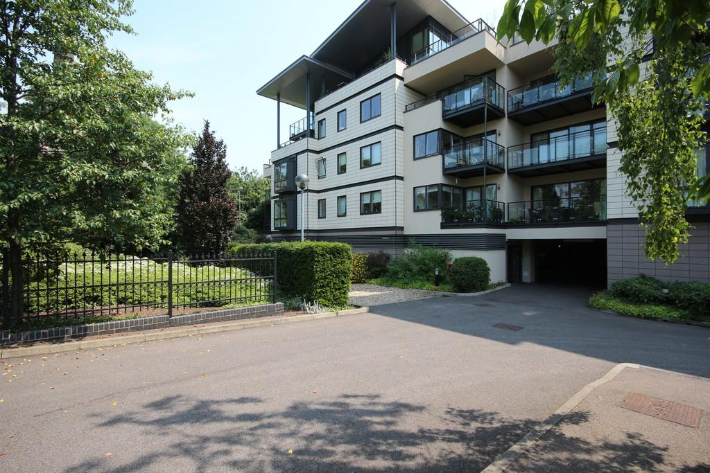 3 Bedrooms Apartment Flat for sale in Riverside Place, Cambridge