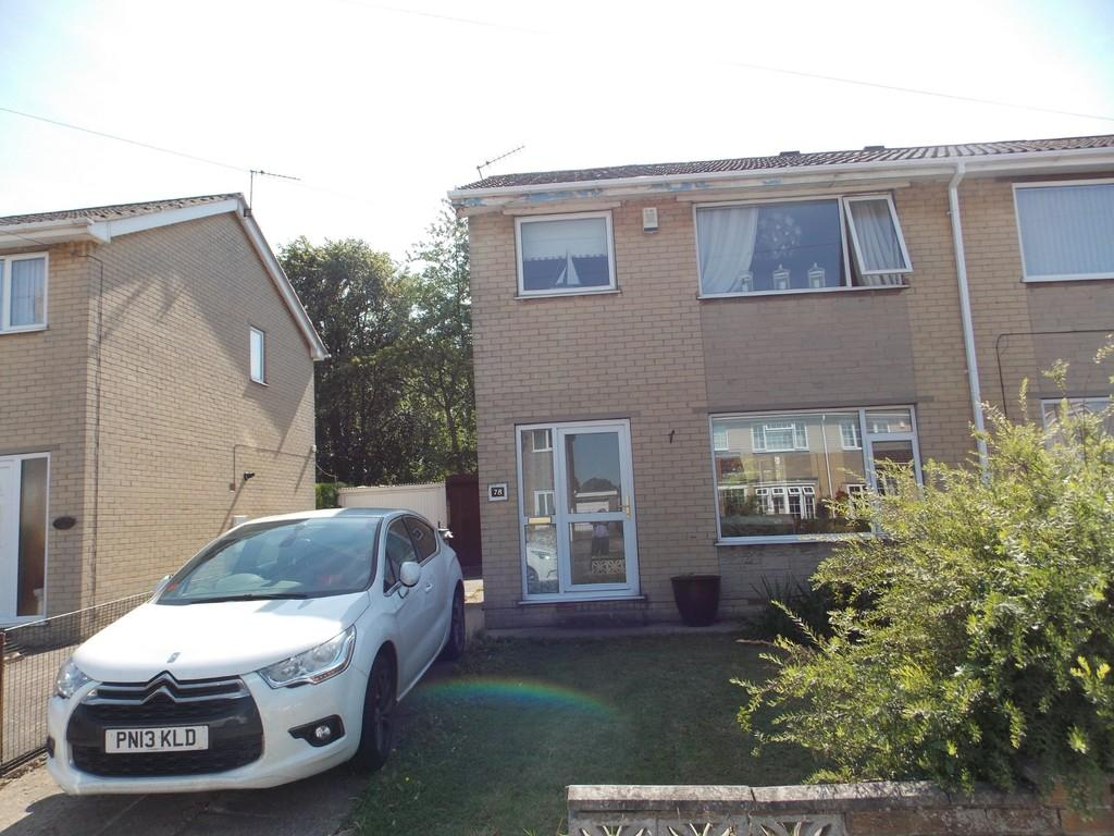 3 Bedrooms Semi Detached House for sale in Brook Way, Arksey