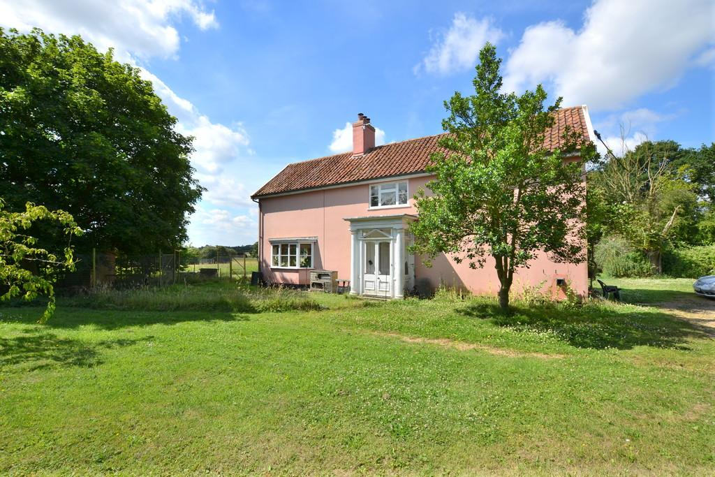 2 Bedrooms Detached House for sale in Syleham, Suffolk