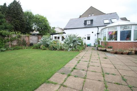 3 bedroom detached house to rent - WESTON ROAD- ME2