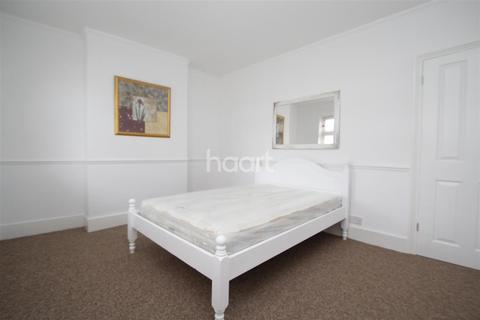 2 bedroom terraced house to rent - Pitchford Street - Stratford - E15