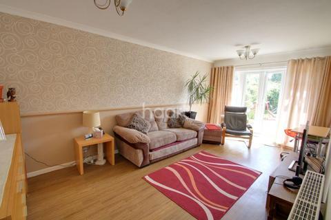 2 bedroom bungalow for sale - Alresford