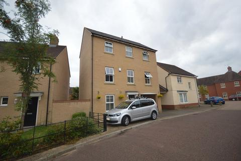 4 bedroom townhouse for sale - Agnes Silverside Close, Colchester