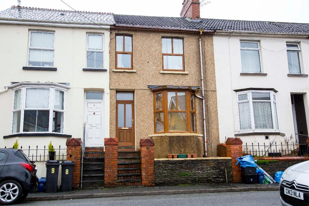 3 Bedrooms Terraced House for sale in Leigh Terrace, Quakers Yard, CF46 5DW