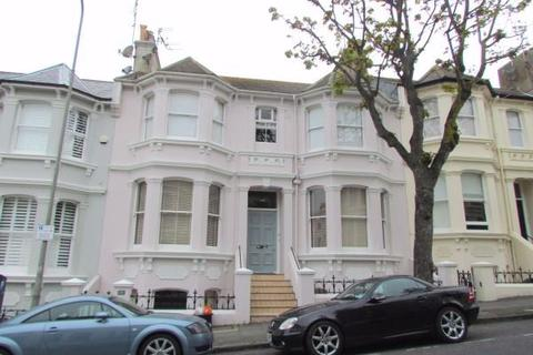 3 bedroom flat to rent - Eaton Place, BRIGHTON, BN2