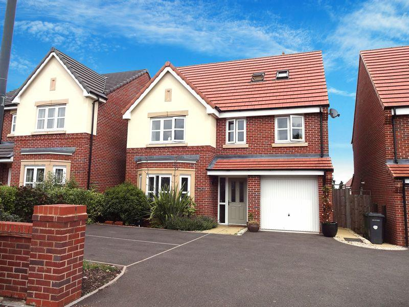 6 Bedrooms Detached House for sale in Sutton Park Road, Kidderminster DY11 6LE