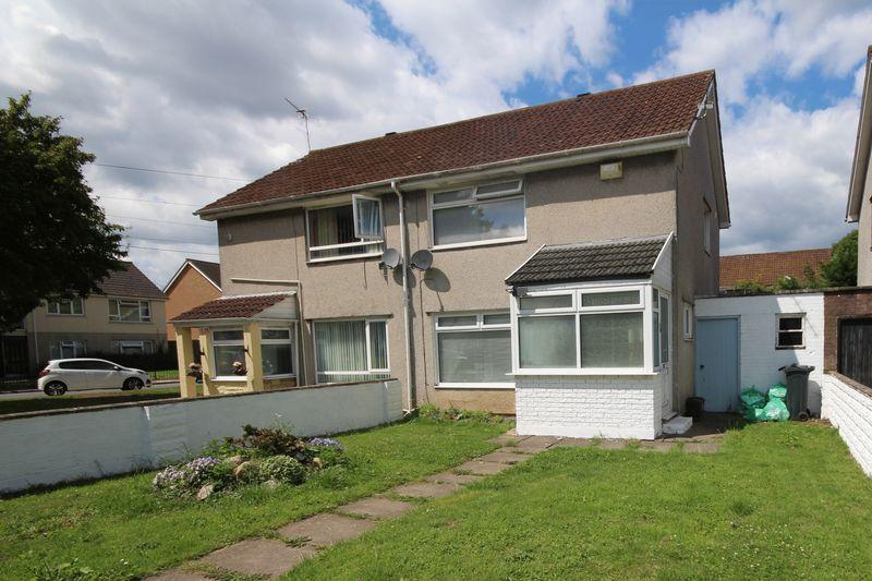 2 Bedrooms Semi Detached House for sale in Trebanog Crescent, Rumney