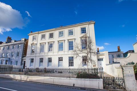 2 bedroom apartment to rent - The Grange, St. Peter Port, Guernsey