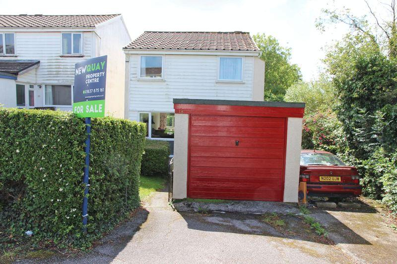 3 Bedrooms Detached House for sale in Northey Close, Shortlanesend