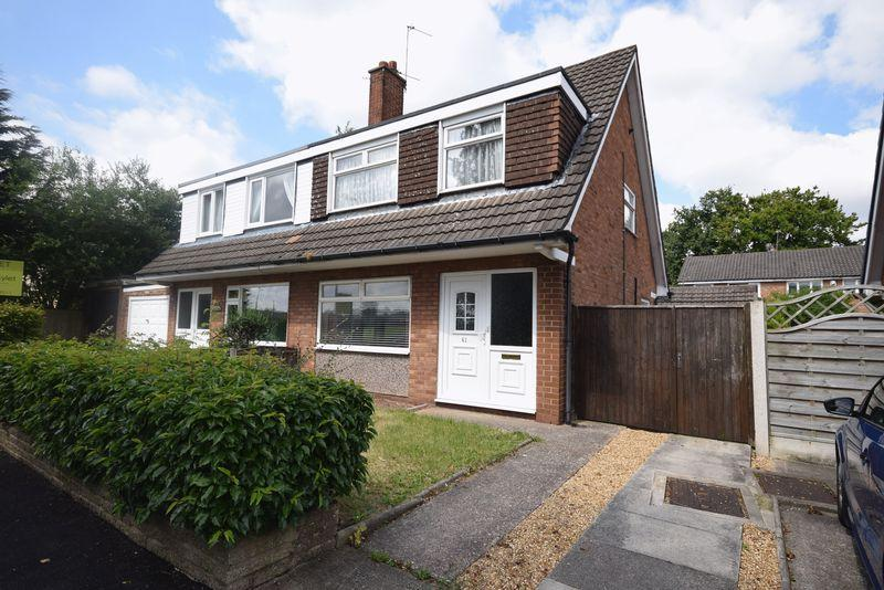 3 Bedrooms Semi Detached House for sale in Wroxham Road, Warrington