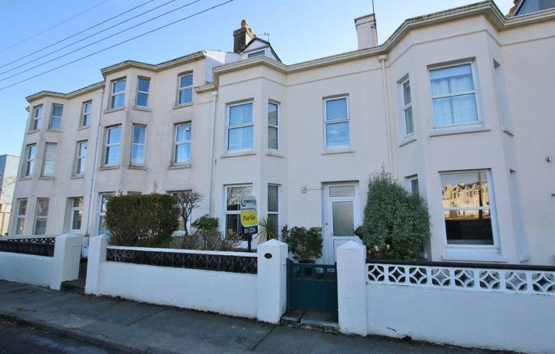 5 Bedrooms Terraced House for sale in North Shore Road, Ramsey