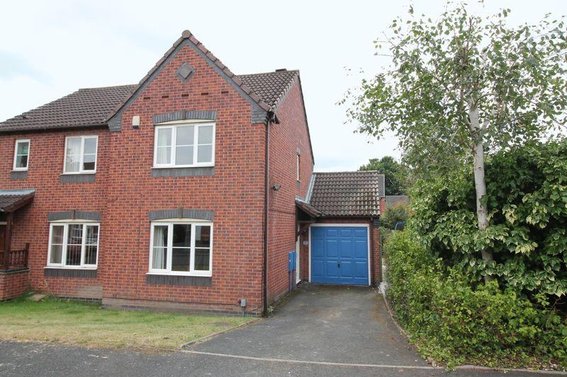 2 Bedrooms Semi Detached House for sale in St Pauls Drive, Wellington, Telford