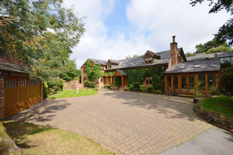 3 Bedrooms Detached House for sale in Torpenhow, Frankby