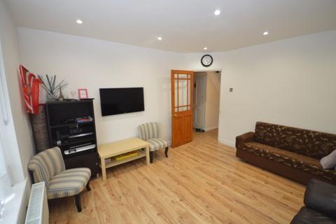 2 bedroom terraced house to rent - Wood Lane,  Dagenham, RM10