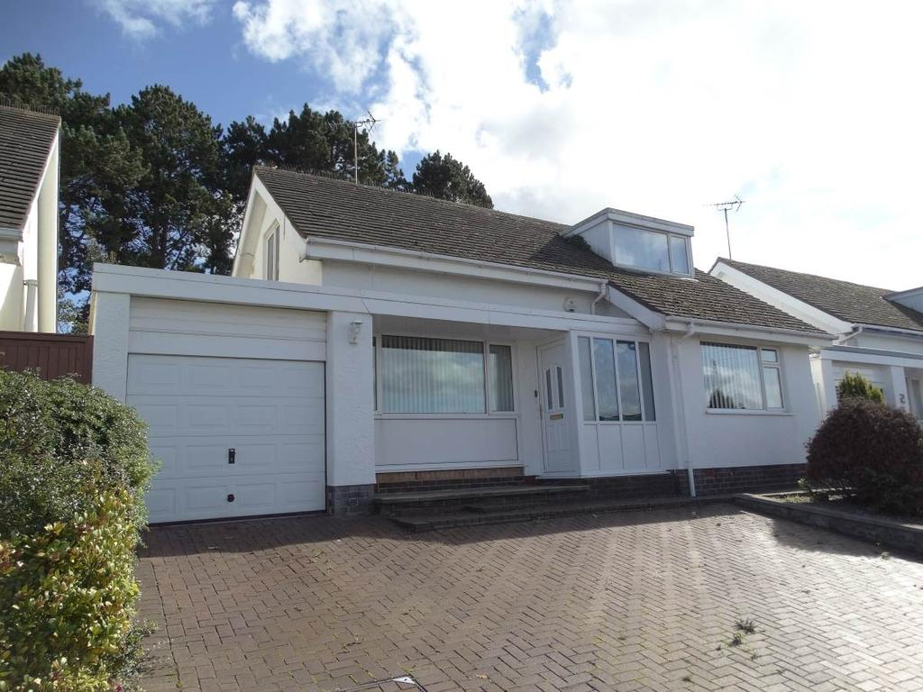 3 Bedrooms Detached House for sale in 4 Marlborough Drive, Rhos on Sea, LL28 4NQ