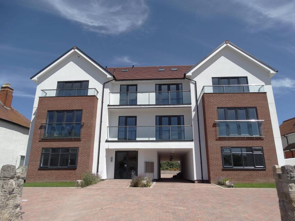 2 Bedrooms Flat for sale in Sunnydowns Apartments Abbey Road, Rhos on Sea, LL28 4NU