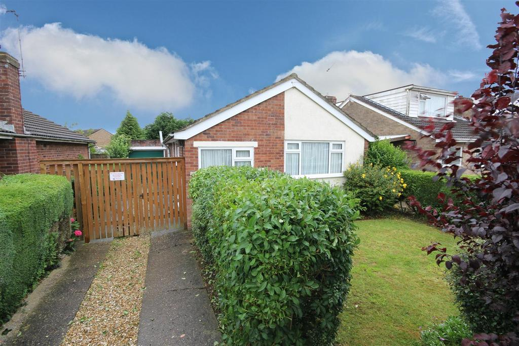 2 Bedrooms Detached Bungalow for sale in 15 Cheltenham Way, Mablethorpe