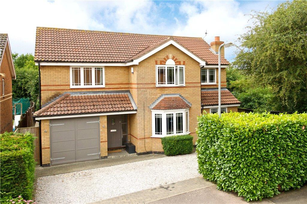 5 Bedrooms Detached House for sale in Dickens Drive, Old Stratford, Milton Keynes, Northamptonshire