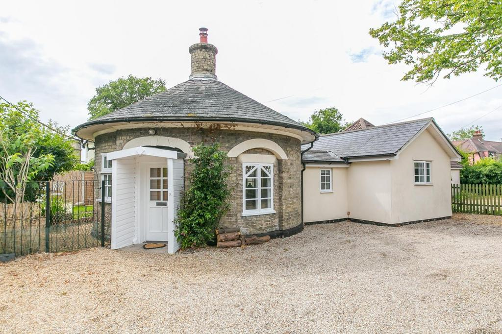 2 Bedrooms Detached Bungalow for sale in St Johns Crescent, Great Horkesley CO6