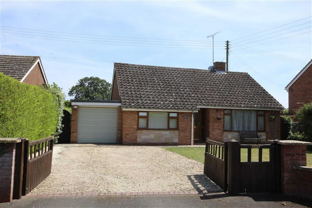 3 Bedrooms Chalet House for sale in School Lane, Ripple, Tewkesbury, Gloucestershire