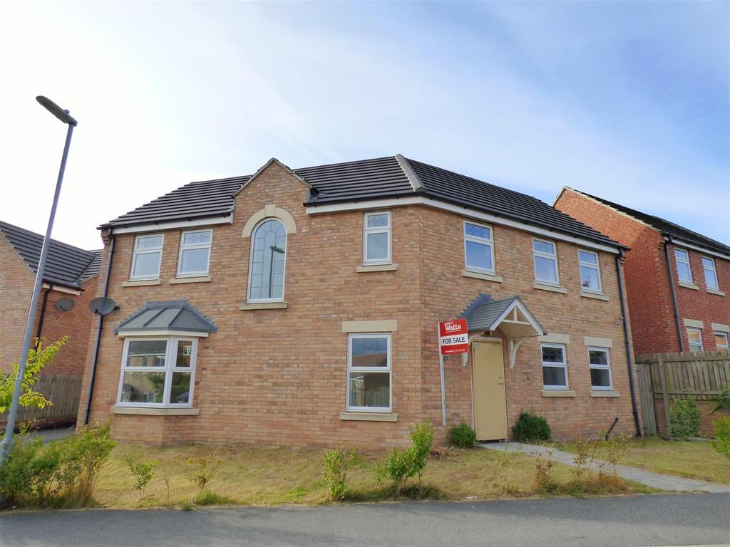 4 Bedrooms Detached House for sale in Burnleys Mill Road, Gomersal
