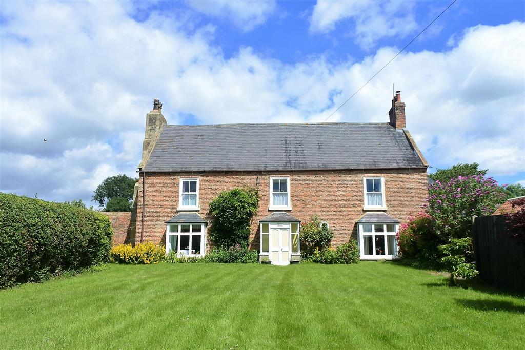 4 Bedrooms Country House Character Property for sale in Morton On Swale, Northallerton
