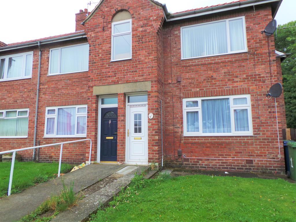 3 Bedrooms Flat for sale in Elm Avenue, Dunston, Gateshead NE11