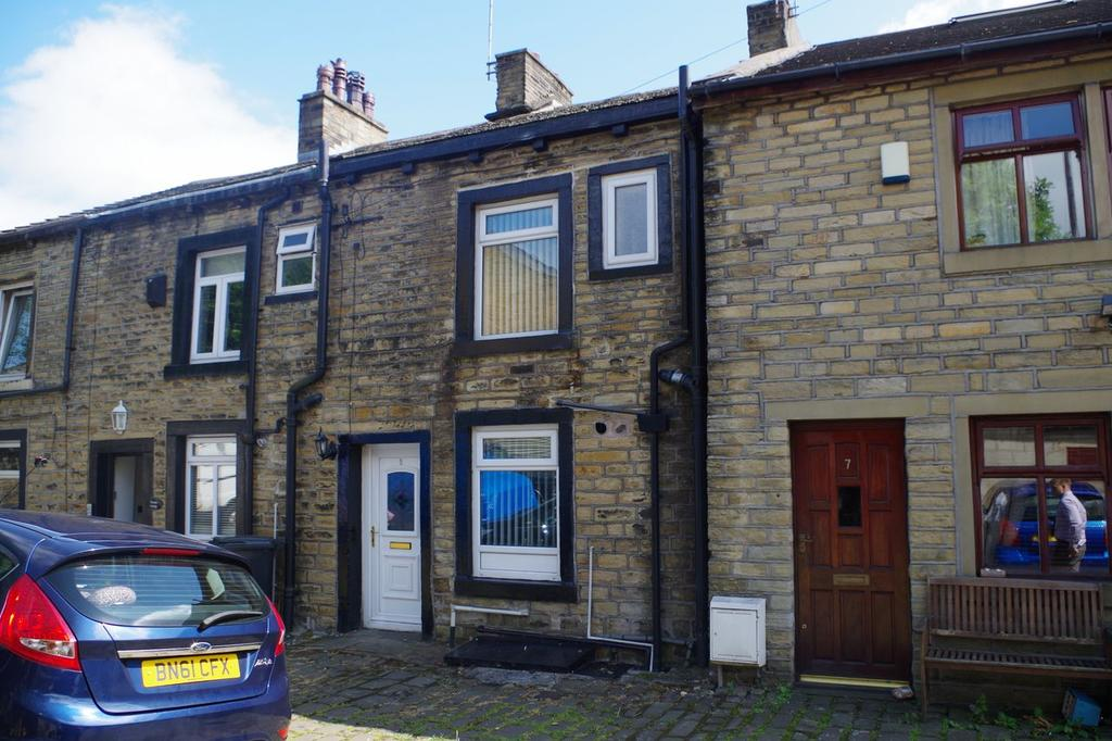 2 Bedrooms Terraced House for sale in Park Street, Sowerby Bridge, Halifax HX6