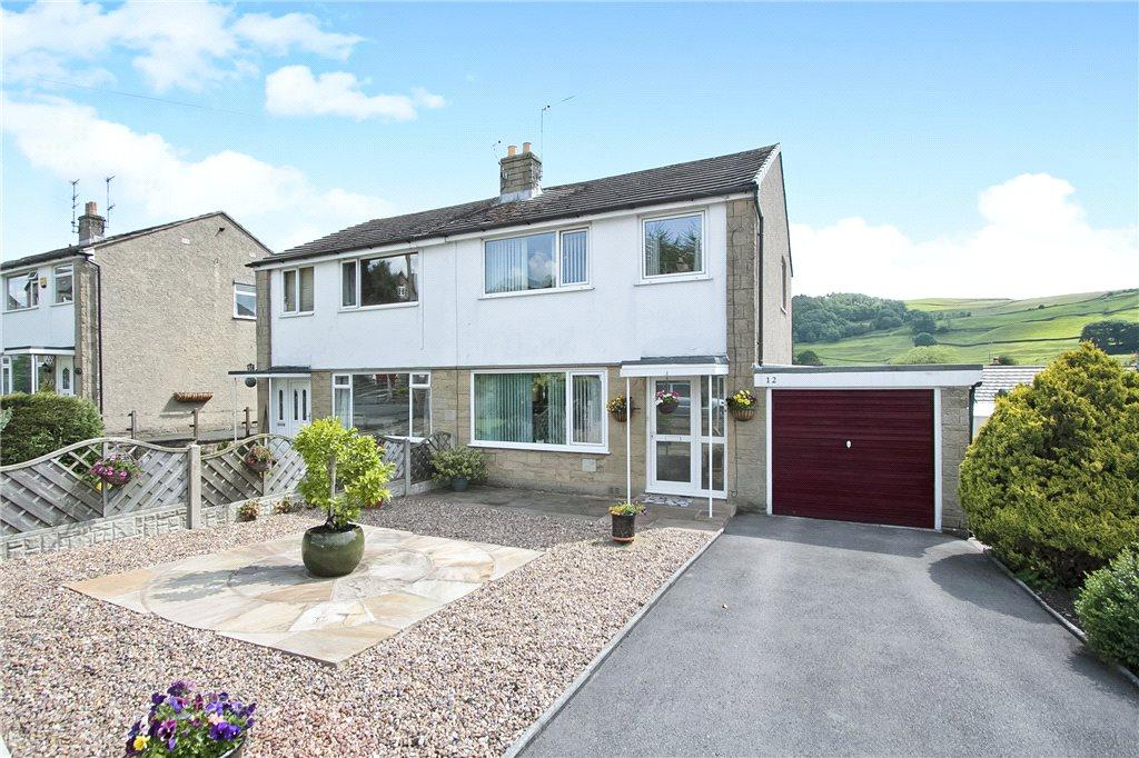 3 Bedrooms Semi Detached House for sale in Longdale Avenue, Settle, North Yorkshire