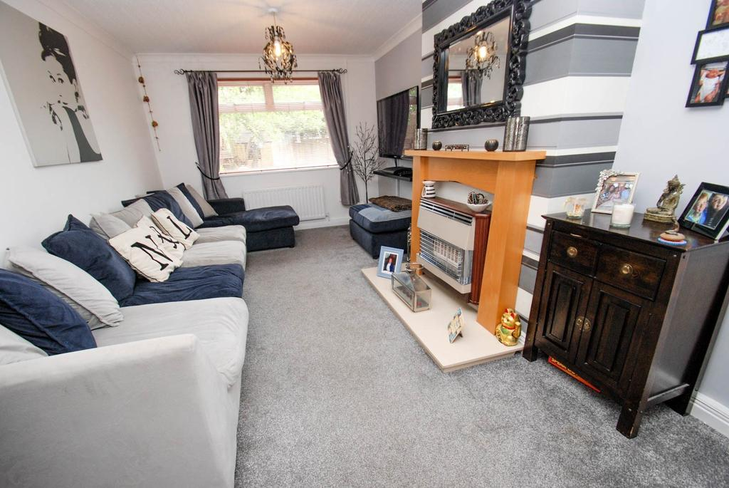 2 Bedrooms Terraced House for sale in Whiteleas Way, South Shields