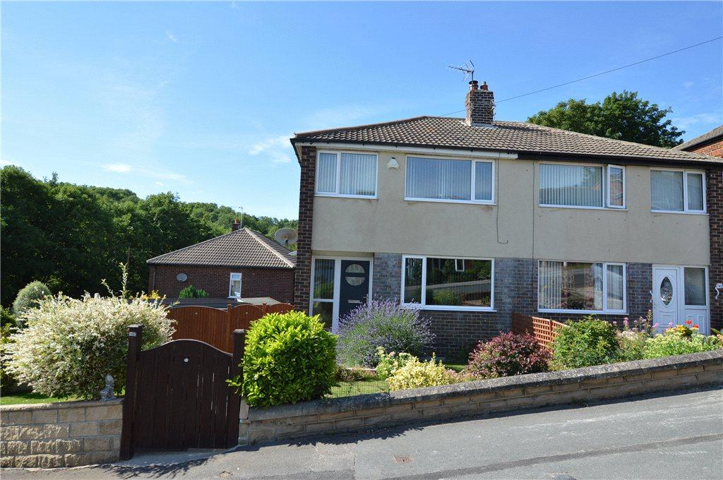 3 Bedrooms Semi Detached House for sale in Oxford Drive, Kippax, Leeds, West Yorkshire