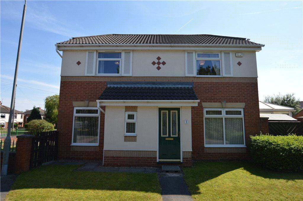 3 Bedrooms Detached House for sale in High Brook Fall, Lofthouse, Wakefield, West Yorkshire